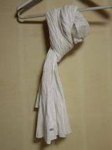 白の綿のストール
