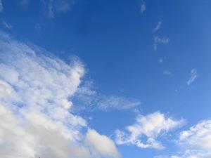 DSC03340.JPG 青い空、白い雲