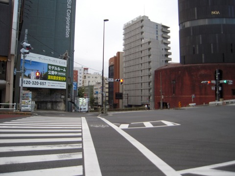 2011-10-19No(003)