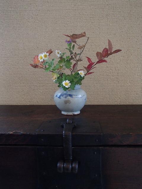 Top2018 11 08 今日のバンダジ上の花瓶