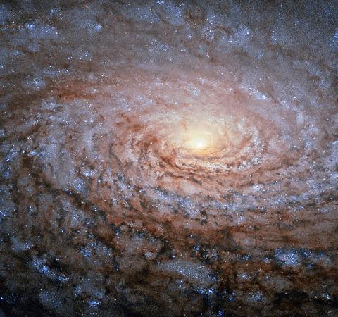 galaxy-1005175_1280