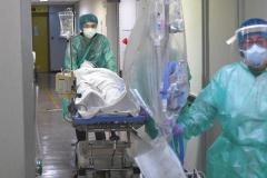 沖縄の病院、クラスターで64人死亡…患者と職員計196人感染