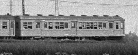 クハ68001