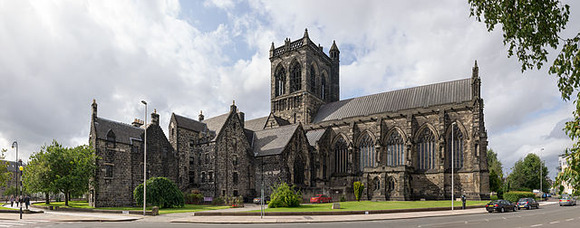 Paisley_Abbey_from_the_south_east