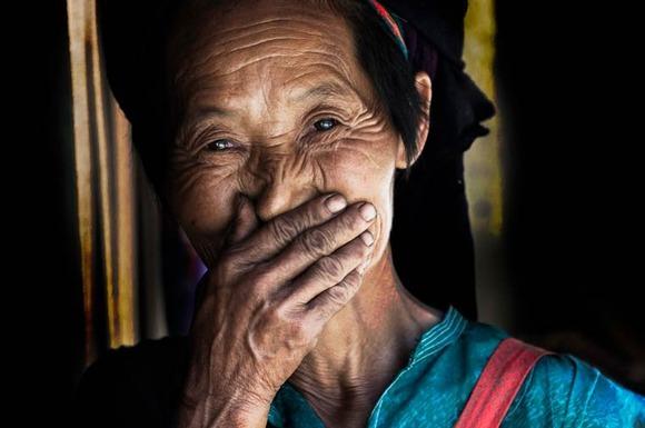Rehahn-Hidden-Smiles-in-Vietnam-7