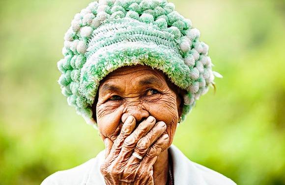Rehahn-Hidden-Smiles-in-Vietnam-10