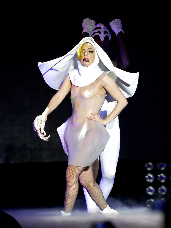 gaga-nun-10-outrageous-outfits-Lady-Gaga