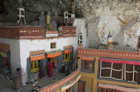 phugtal-monastery-2[2]