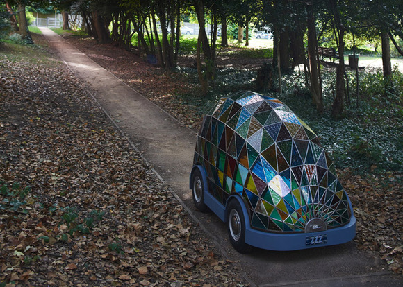 stained_glass_car_by_Dominic_Wilcox_dezeen_784_1