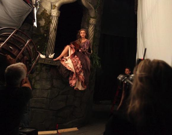 Taylor Swift as Rapunzel2
