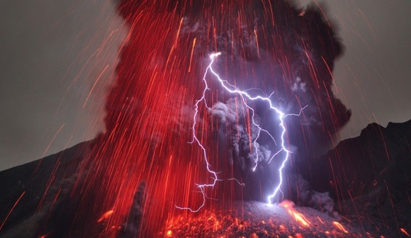 active-volcano-photos-6