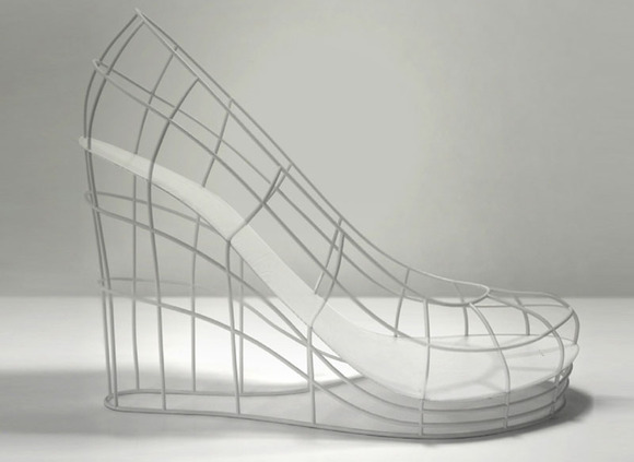 12-shoes-for-12-lovers-by-sebastian-errazuriz-5