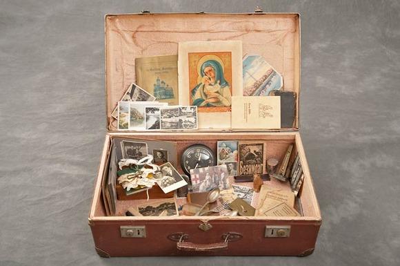 Jon-Crispin-Willard-Suitcases-14