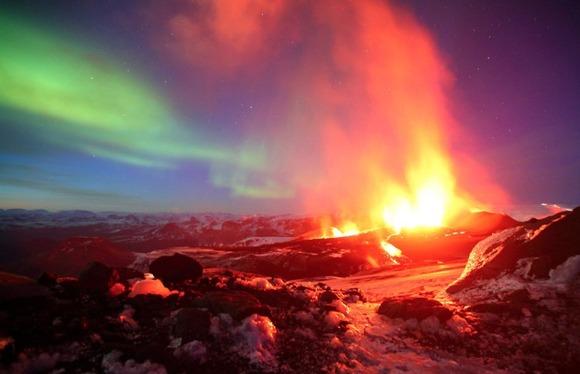 active-volcano-photos-7
