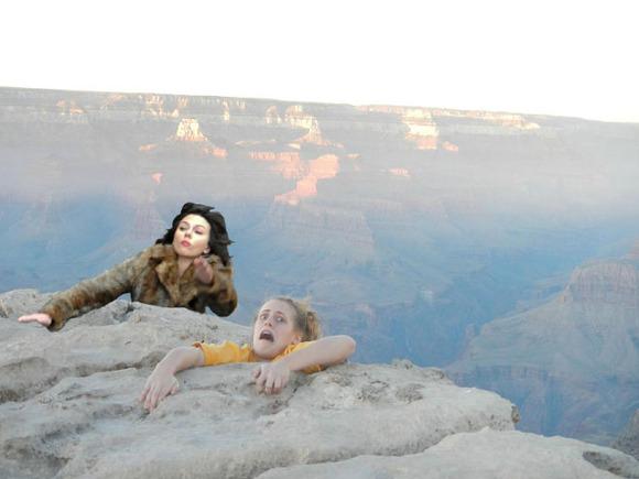 Scarlett-Johansson-Falls-Down-Internet-Takes-10