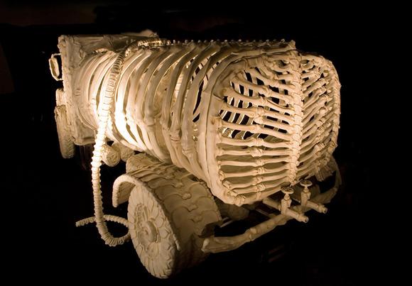 bone-vehicles-by-jitish-kallat-designboom-16