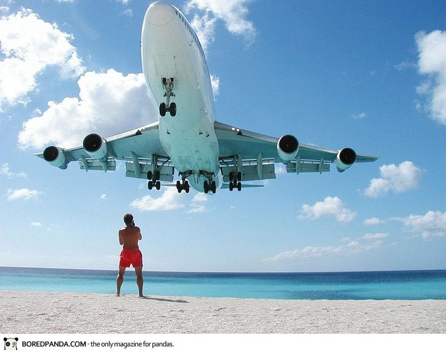 plane-landing-maho-beach-8
