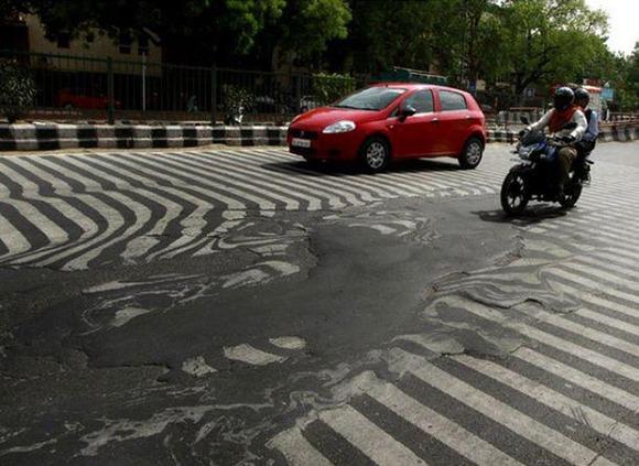 melting-streets-in-new-dehli-india-heatwave-2015