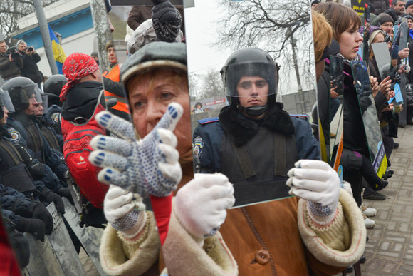 Protest-Mirrors-4