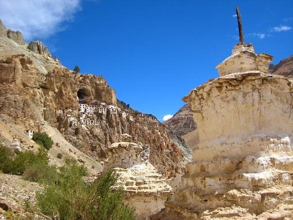 phugtal-monastery-12[2]