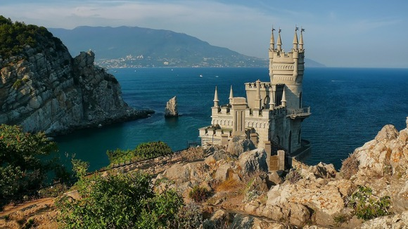 crimea_swallows_nest_castles_sea_1600x900_81301