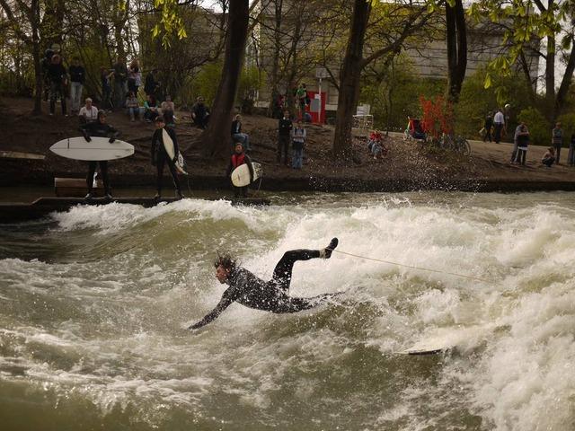 munich eisbach surf surfing 21