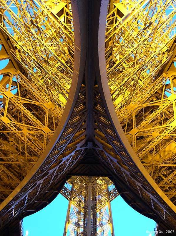 eiffel tower metal frame close up 1