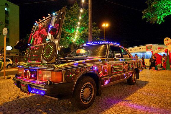 christmas-car-decorations-4