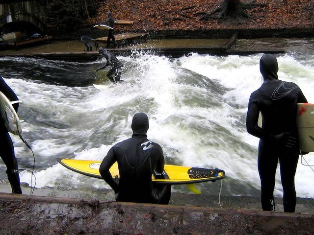 munich eisbach surf surfing 7