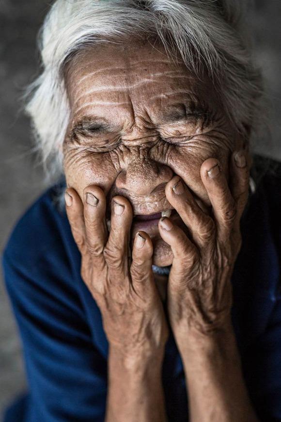 Rehahn-Hidden-Smiles-in-Vietnam-12