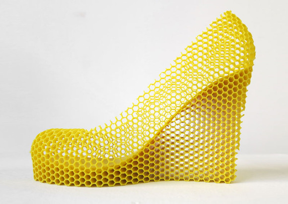12-shoes-for-12-lovers-by-sebastian-errazuriz-10