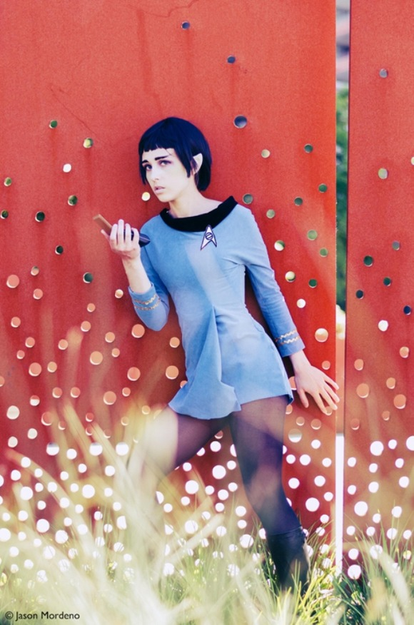 lady_spock_cosplay_01