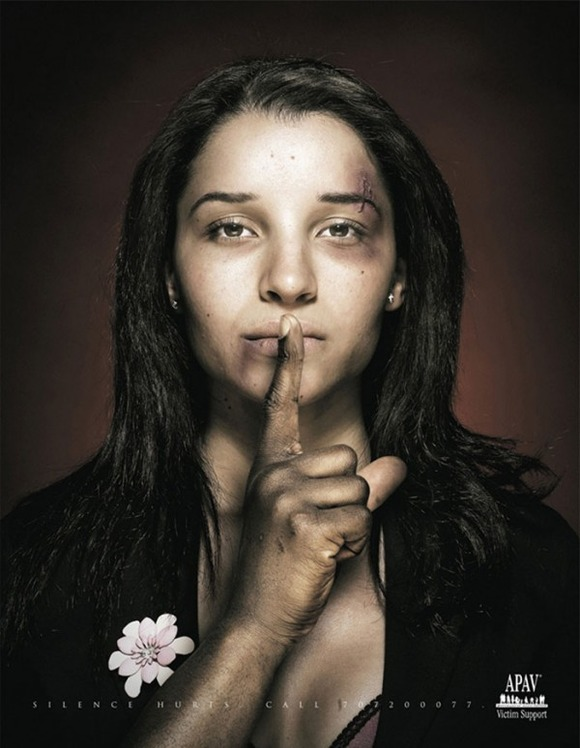 shocking-social-ads-20-600x774