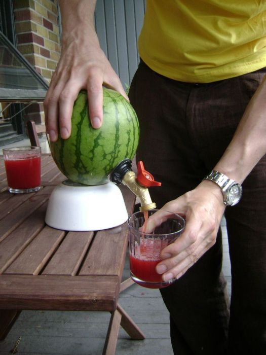 how_to_make_a_watermelon_keg_13
