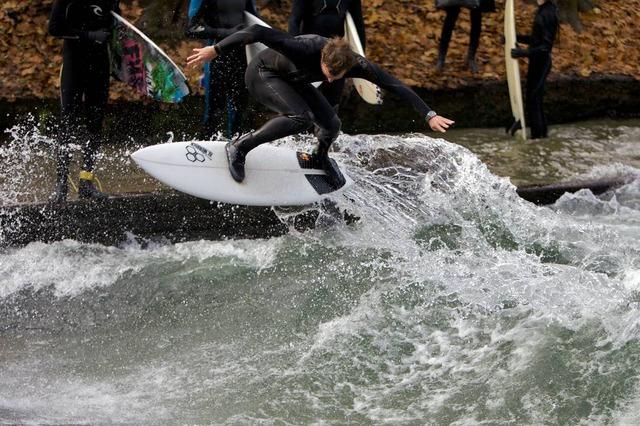 munich eisbach surf surfing 15