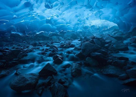 amazing-caves-6-2