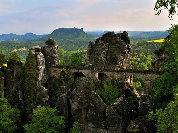 basteibrücke-sächsische-schweiz