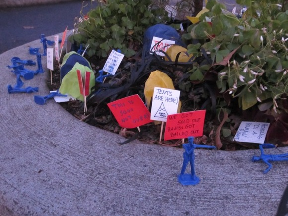Occupy_Mill_Ends_Park_in_Portland_OR