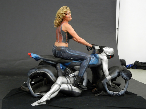 trina-merry-body-paint