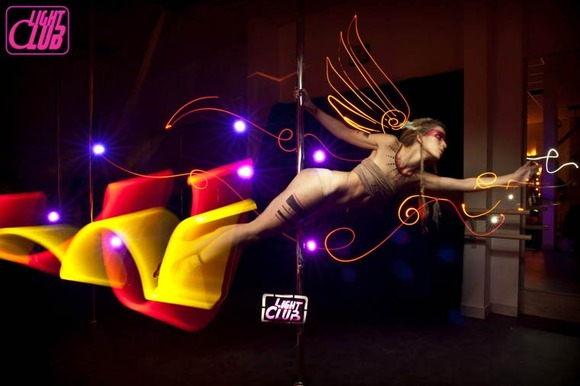 Pole-Dance-Light-Painting-Wen-Jie-Yang-4
