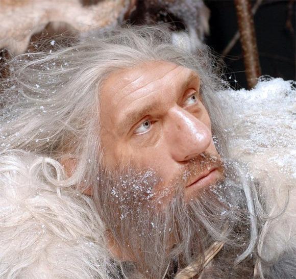 hugh-laurie-caveman