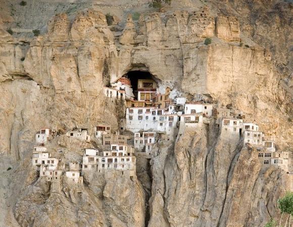 phugtal-monastery-1[18]