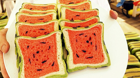 square-watermelon-bread-jimmys-bakery-taiwan-9