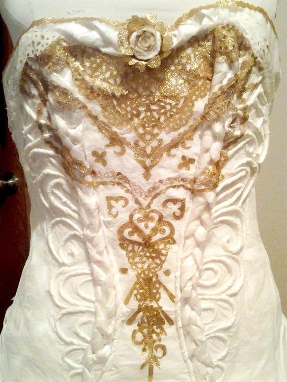 avant-geek-toilet-paper-wedding-dress-3