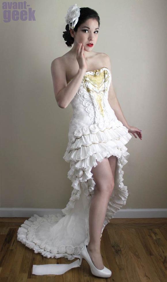 avant-geek-toilet-paper-wedding-dress-5