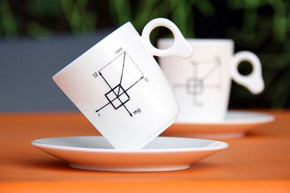 creative-mugs-zero-gravity-1