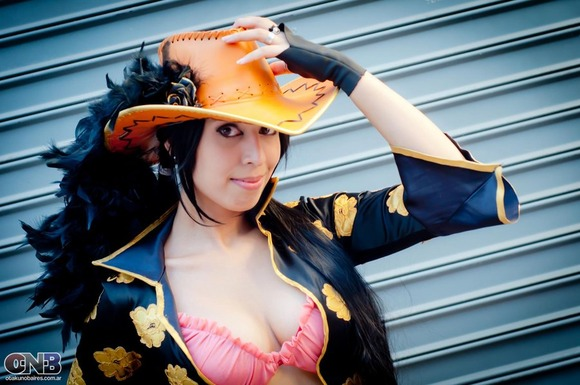 nico_robin_film_z_cosplay_3_by_as_naye-d5ocrct