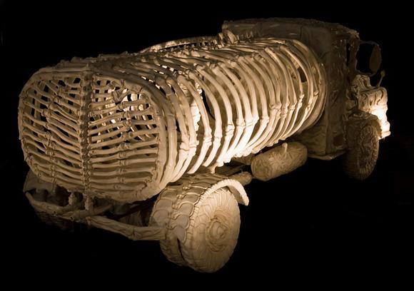 bone-vehicles-by-jitish-kallat-designboom-13