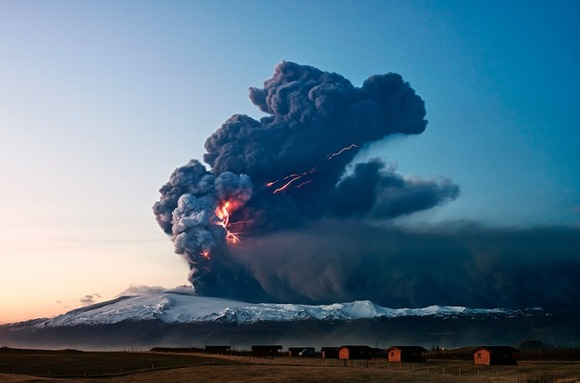 active-volcano-photos-5