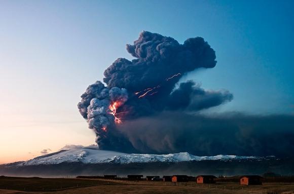 active-volcano-photos-5